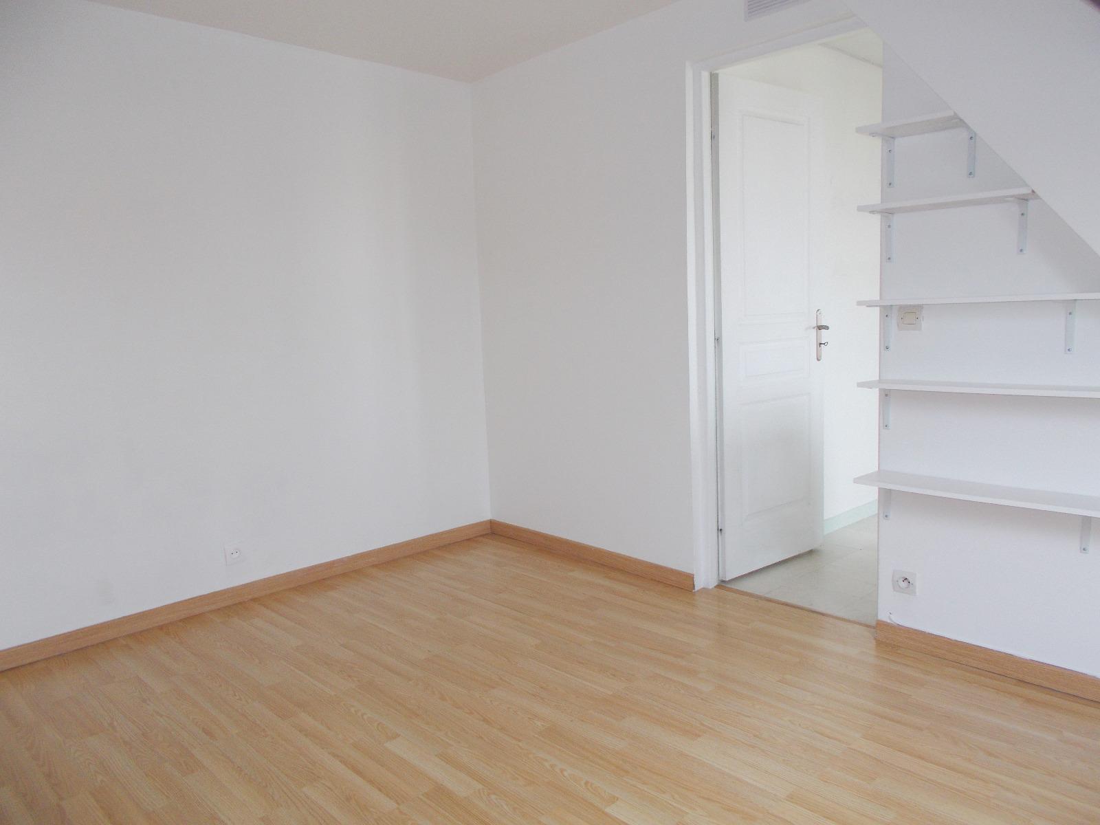 Offres de location Appartement Saint-Cyr-l'École (78210)